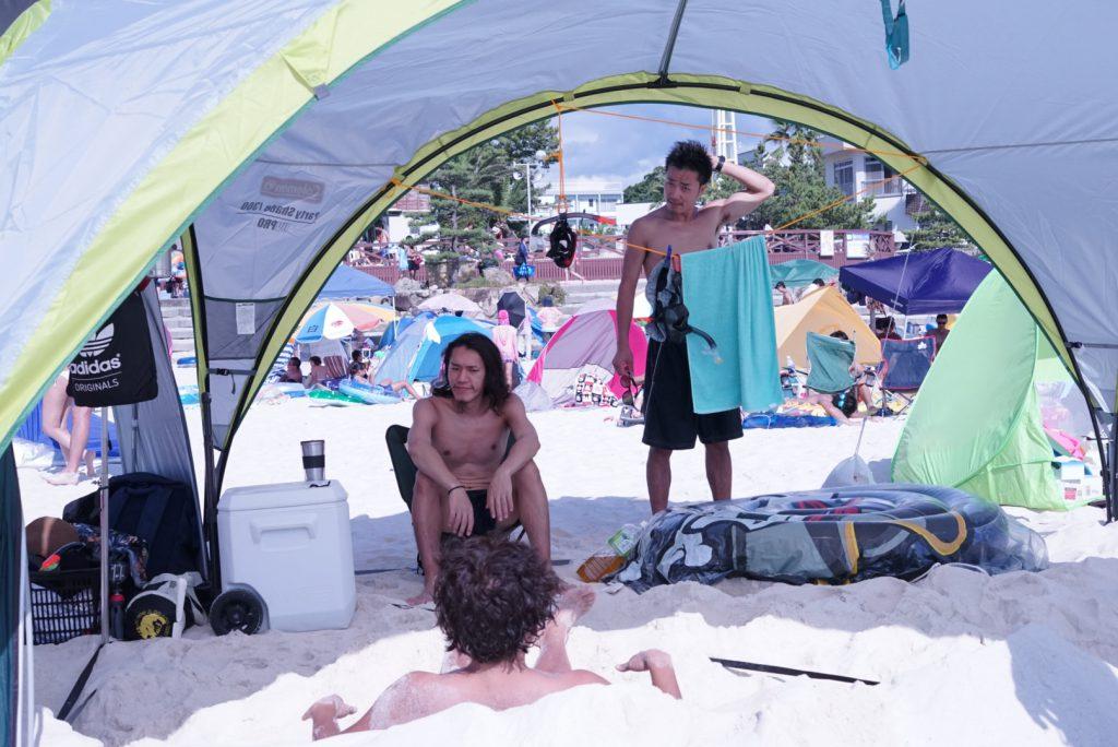 コールマン タープ パーティーシェード 2019ダークルームテクノロジー パーティーシェード300/360DX+ 砂浜 おすすめ