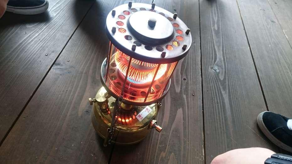 武井バーナーパープルストーブ 301A 501A どっち 灯油ストーブ 冬キャンプ 暖房器具