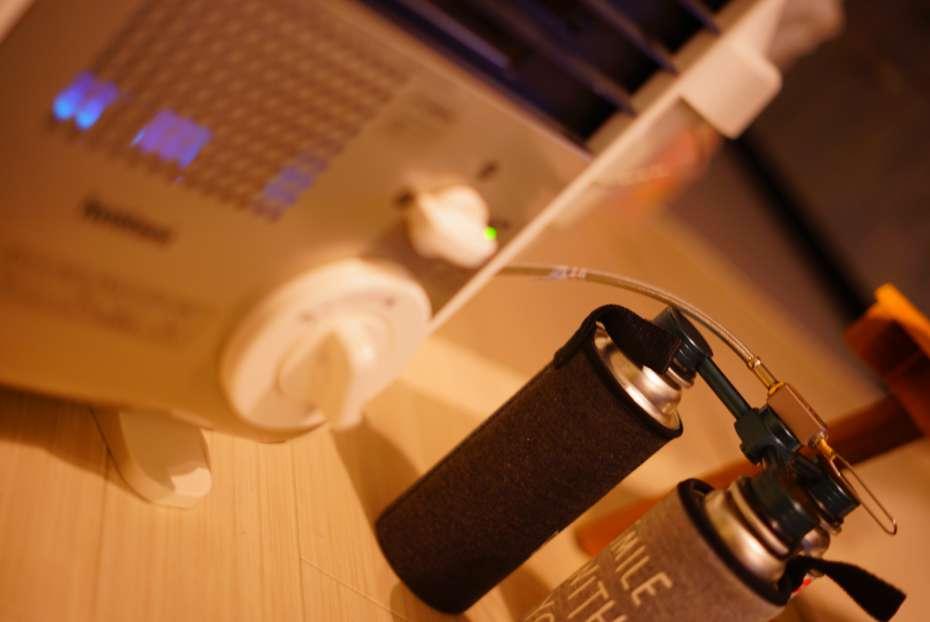 カセットガスアダプター IWATANI イワタニ ファンヒーター 風暖 長時間使用可能 フジカハイペット cb缶ホース カセットコンロ 延長ホース シングルバーナー 延長ホース cb缶連結