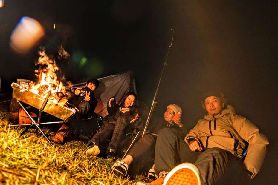 GOOUTCAMP 関西 vol.6 STIHLの森 京都 府民の森ひよし焚き火前 集合写真
