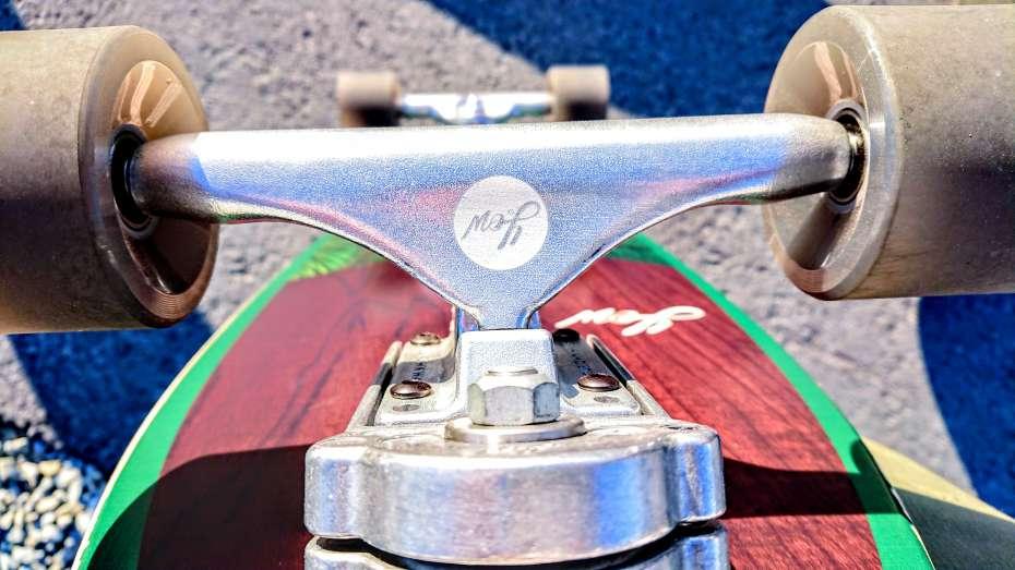 ヤウサーフスケート yow surf surfskate スノーボード スキムボード オフトレ